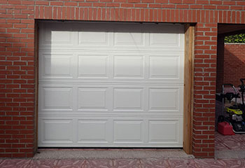 New Garage Door Installation | Schaumburg | Hoffman Estates, IL
